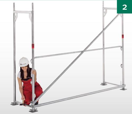 Pritvirtinti įstrižinius rėmus ir horizontalią atramą;